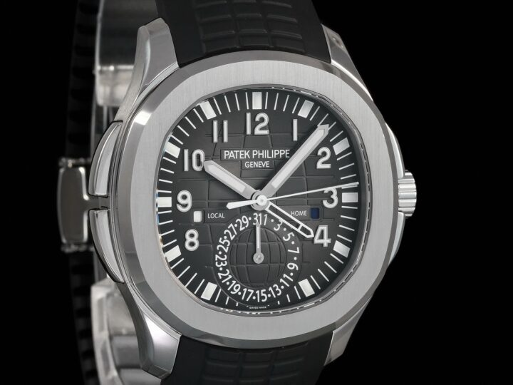 Patek Philippe Aquanaut Travel Time 40.8mm, 2019/DE, 5164A-001